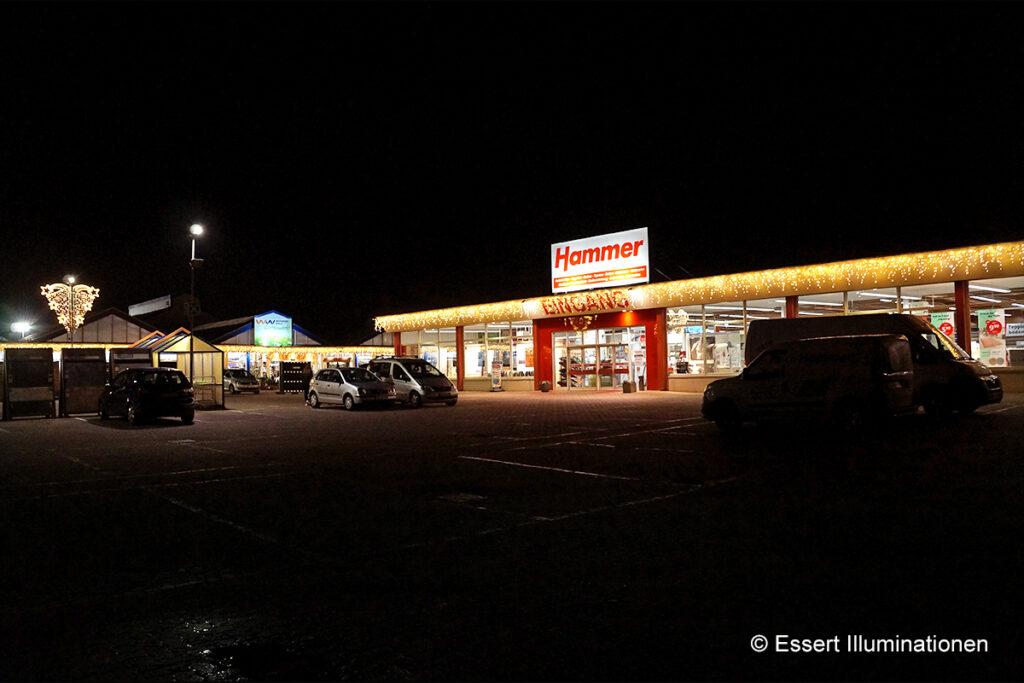 werkerswelt_05_gebaeudebeleuchtung_led_lichterketten_e_weihnachtsbeleuchtung_essert_illuminationen_4123-1024x683
