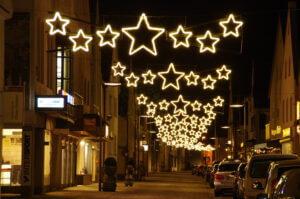 weissenhorn_01_ueberspannungen_led_lichtschlauch_s_weihnachtsbeleuchtung_essert_illuminationen.jpg